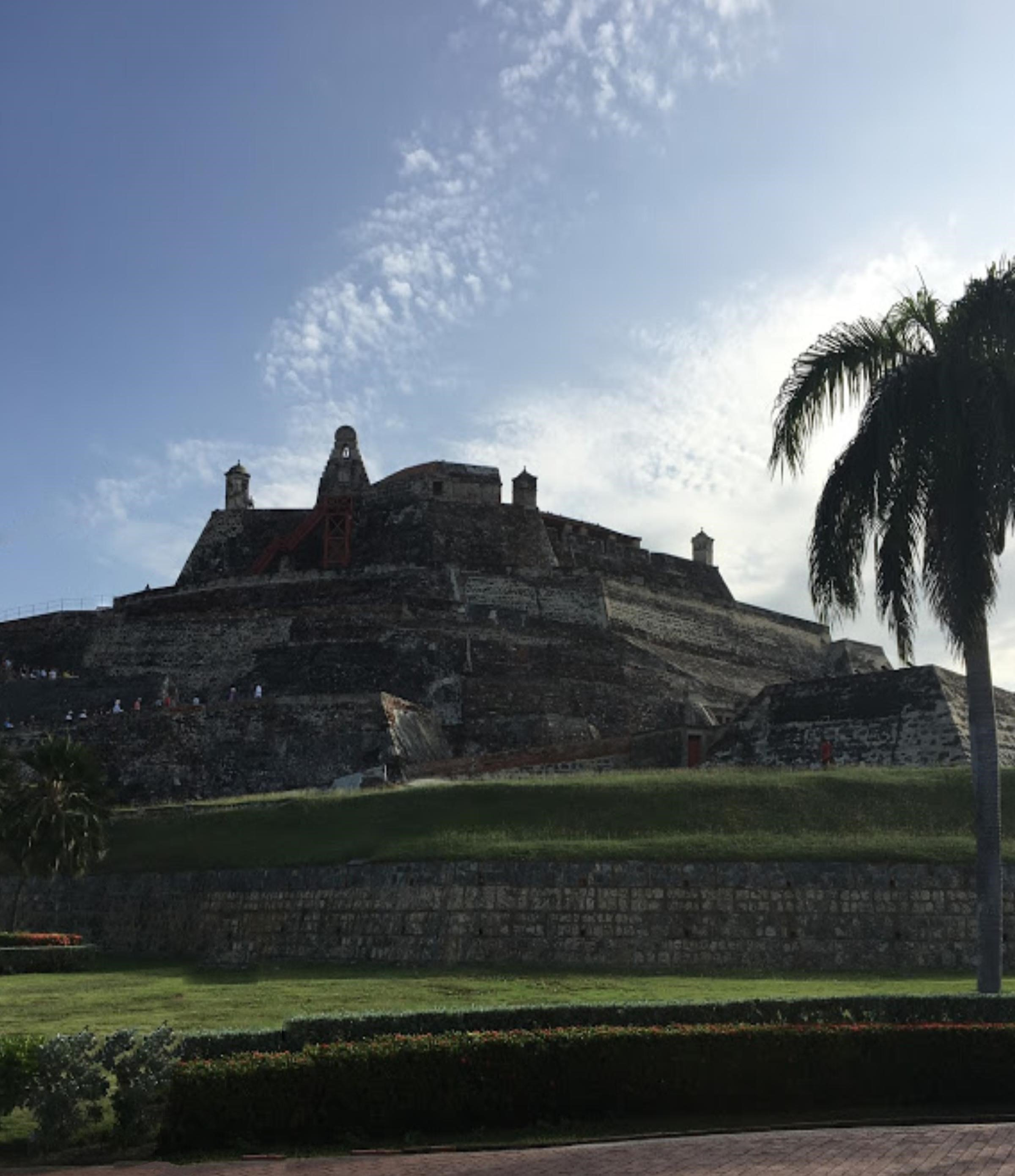 A Walking Tour of Cartagena's Old City