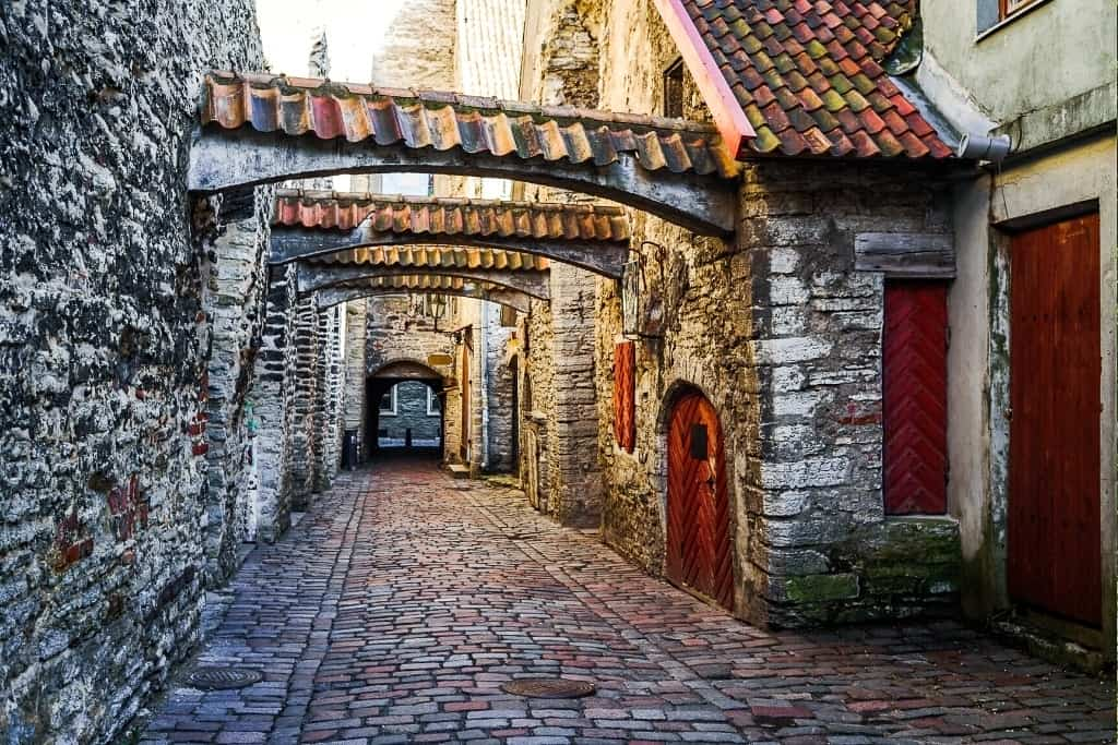 Things to Do in Tallinn Old Town in One Day: St. Catherine's Passage