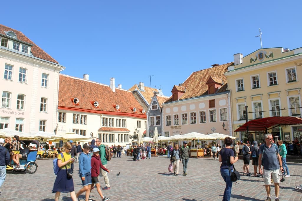 Things to Do in Tallinn Old Town in One Day: Town Hall Square
