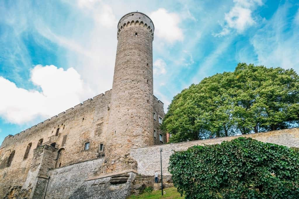 Things to Do in Tallinn Old Town in One Day: Toompea Castle