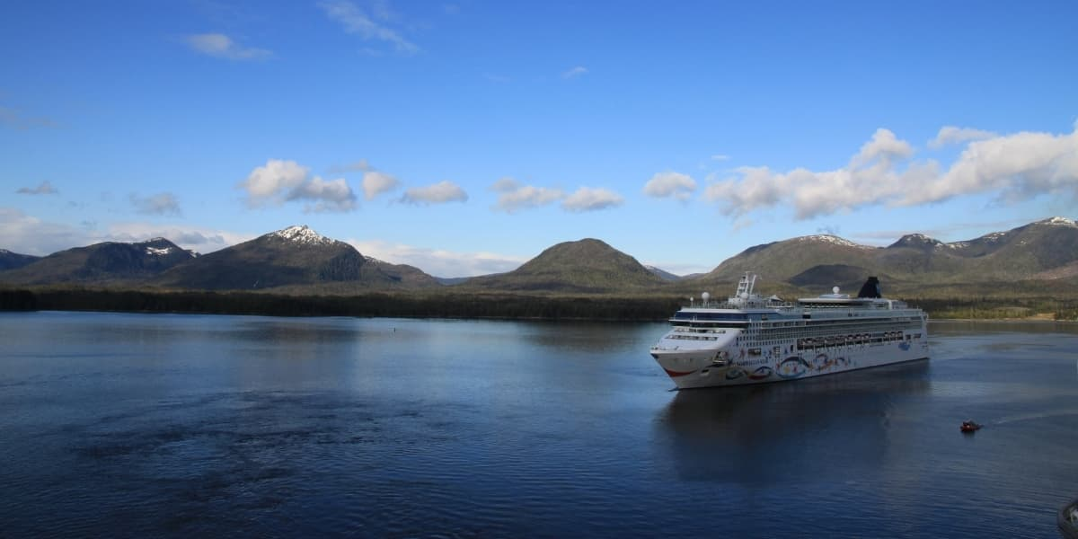 What is the Cheapest Month to Cruise