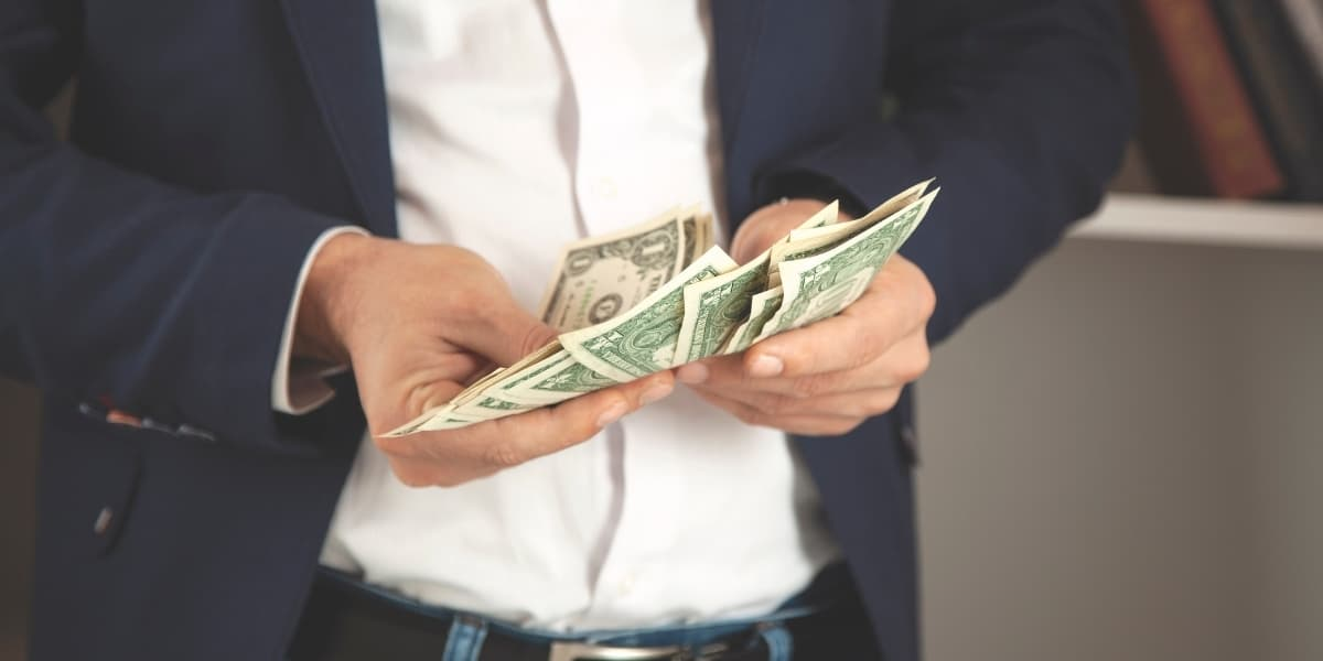 Tipping on a Cruise Ship What You Need to Know About Cruise Gratuities